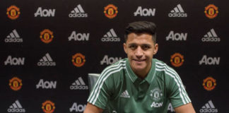 Alexis Sanchez signs for Manchester United