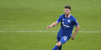 Klaas Jan-Huntelaar key to Schalke survival