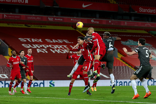 League Leaders Manchester United held by Liverpool at Anfield