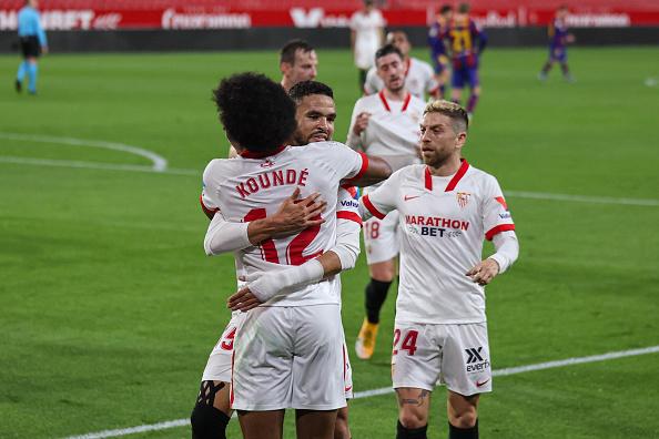 Soaring Sevilla faces Dreadful Borussia Dortmund in First Leg