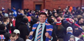 Steven Gerrard Wins Scottish Premiership With Rangers
