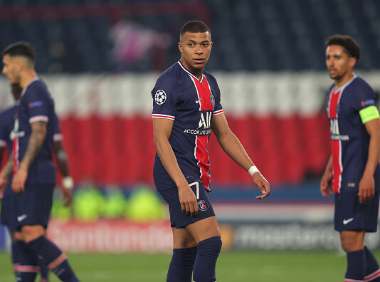 Paris Saint-Germain suffer second-half collapse